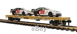 70-76058 MTH ONE GAUGE TTX Flatcar with2 CAT Racing Cars