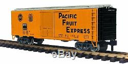 70-78048 MTH ONE GAUGE- Pacific Fruit Express 40' Reefer Car #19938