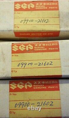 Vintage New in Box Suzuki 09900-21603. Lot of 3 CCI Oil Gauges. Crack in one
