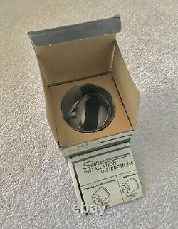 Nos Sun Super Tachometer Nc-5 Tasse De Montage Chromé Nib One Seulement. S'adapte À La Série Sst