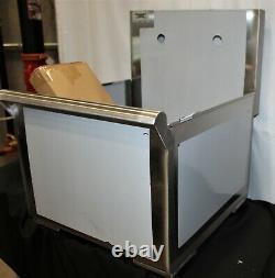 Regency 18 16-gauge Acier Inoxydable Un Compartiment Évier D'utilité Commerciale