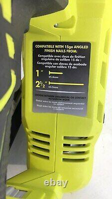 Ryobi 18-volt One+ Lithium-ion Cordless Airstrike 15-gauge Angled Finish&battery