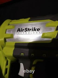 Ryobi One+ Airstrike 18v 15-gauge Angled Finish Nailer (outil Uniquement)