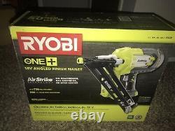 Ryobi One+ Airstrike 18v 15-gauge Enrouleur De Finition En Angle (body Only)