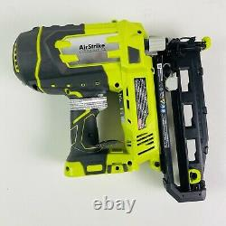 Ryobi P325 18-volt One+ Airstrike 16-gauge Straight Finish Nailer (outil Seulement)